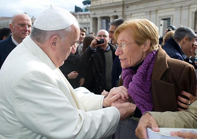Papa Francisco y Lidia Guerrero (Archivo)