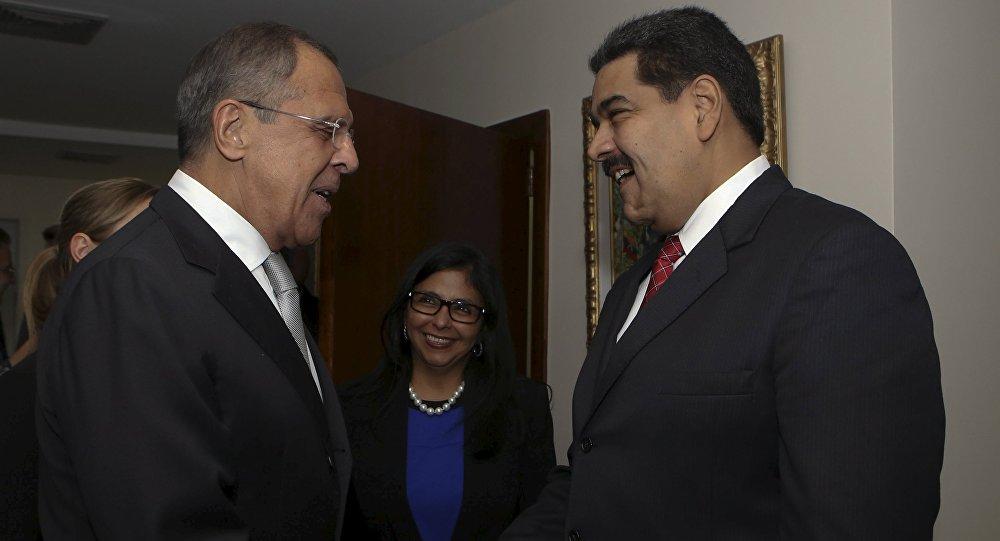 Serguéi Lavrov, ministro de Exteriores de Rusia y Nicolás Maduro, presidente de Venezuela