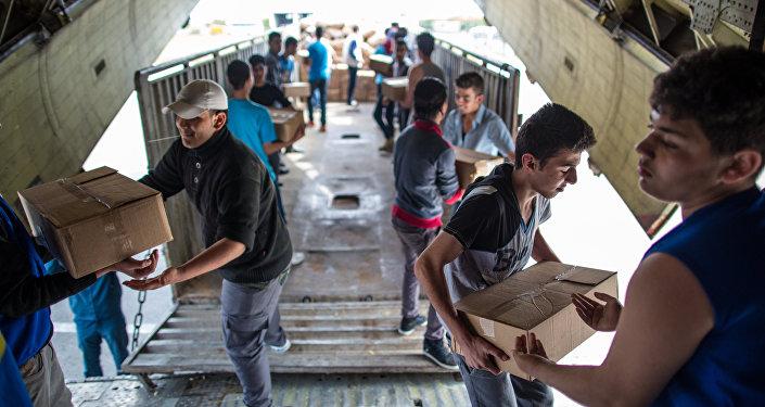Rusia entrega la ayuda humanitaria a Siria (archivo)