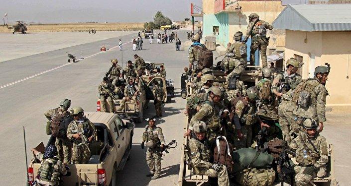 Fuerzas armadas de Afganistán en Kunduz
