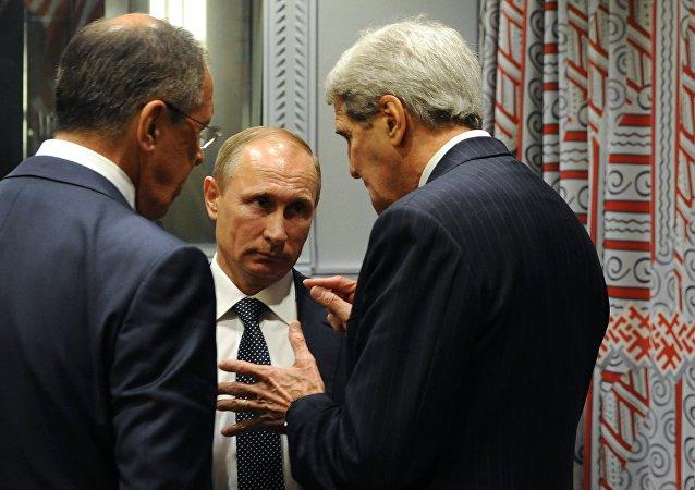 Presidente de Rusia, Vladímir Putin, durante su encuentro con representantes de EEUU