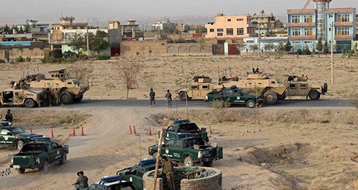 Fuerzas de seguridad afganas durante enfrentamientos con Talibán (archivo)