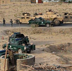 Fuerzas de seguridad afganas en la ciudad de Kunduz durante enfrentamientos con Talibán