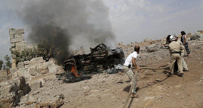 Consecuencias de los ataques aéreos rusos (según activistas) en Idlib, Siria