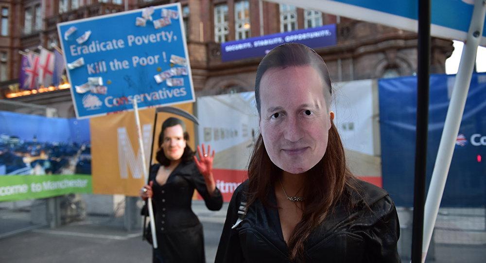 Decenas de miles de británicos protestan contra recortes del Gobierno conservador