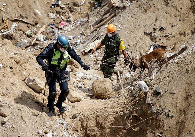 Ya son más de 130 los muertos por el deslave en El Cambray
