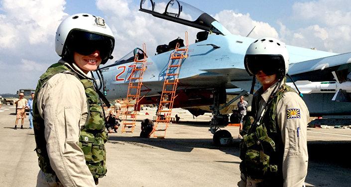Pilotos rusos en el aeródromo de Hmeymim, Siria
