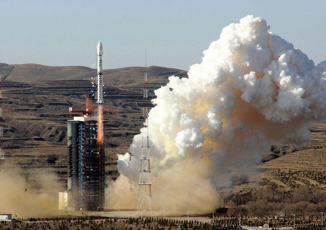Lanzamiento del cohete Larga Marcha-4 (archivo)