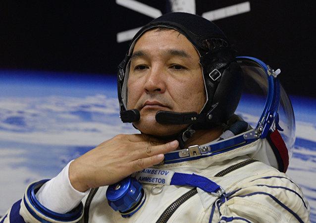 Aidyn Aimbétov, cosmonauta kazajo
