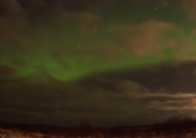 Cielo verde sobre San Petersburgo