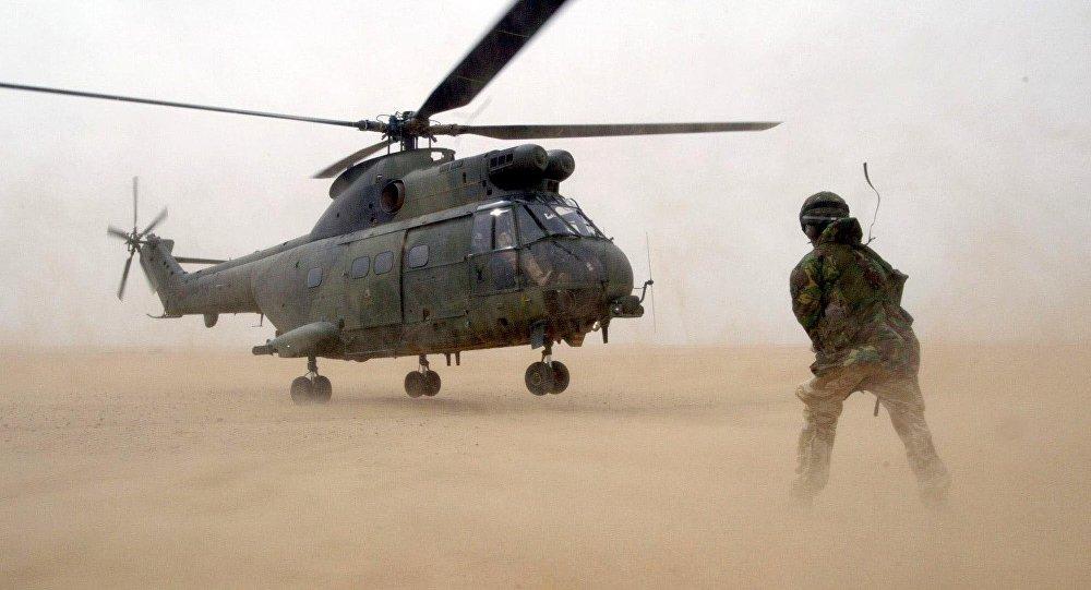 Helicóptero Puma de la Real Fuerza Aérea (archivo)