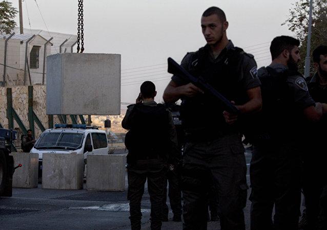 La policía empieza a implementar las medidas del Gobierno en Jerusalén