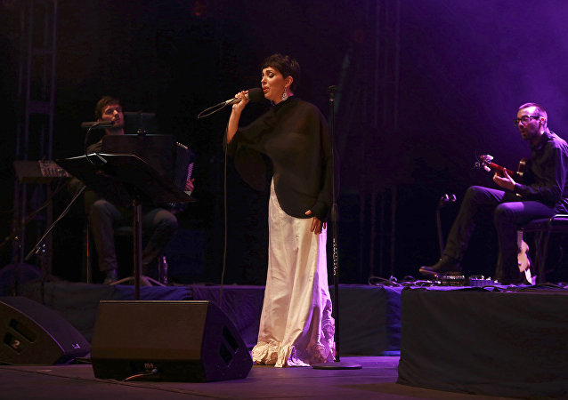 Cantante portuguesa Teresa Salgueiro actúa en el Festival Cervantino de Guanajuato