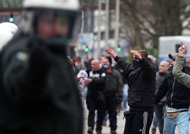 Partidarios del movimiento PEGIDA en Wuppertal