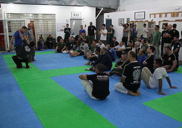 Systema, el arte marcial ruso que gana popularidad en Brasil