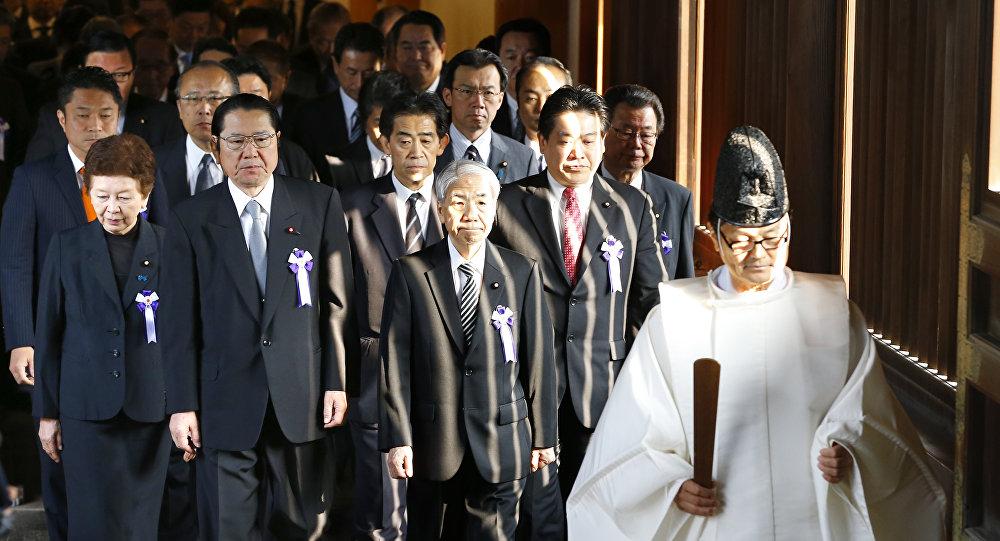 La visita de políticos japoneses al templo de Yasukuni
