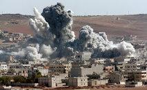 Bombardeos de la coalición internacional en Kobani, Siria (archivo)