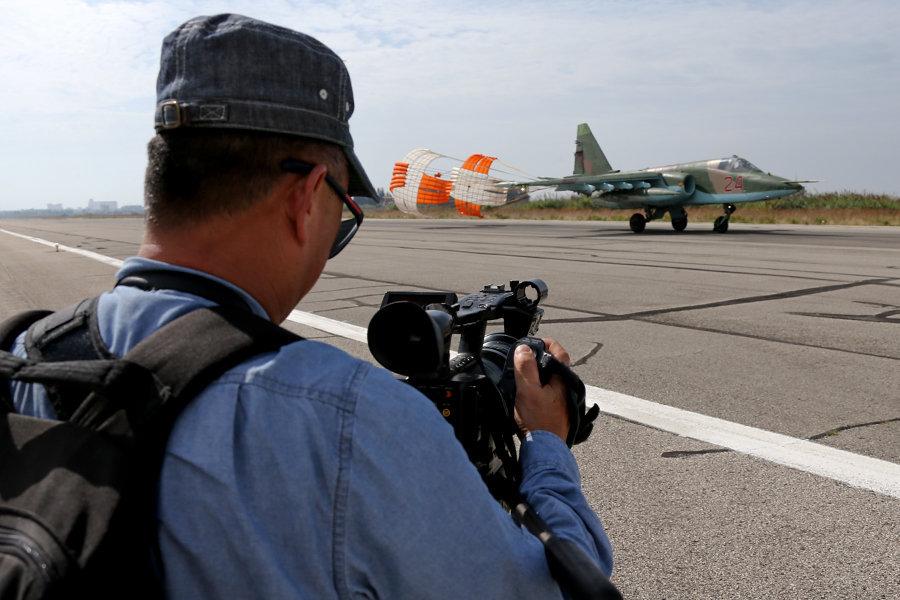 Periodistas visitan la base aérea de Hmeymim