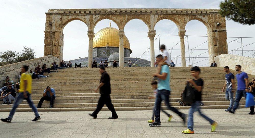 La Cúpula de la Roca en la Explanada de las Mezquitas, la Ciudad Vieja de Jerusalén (archivo)