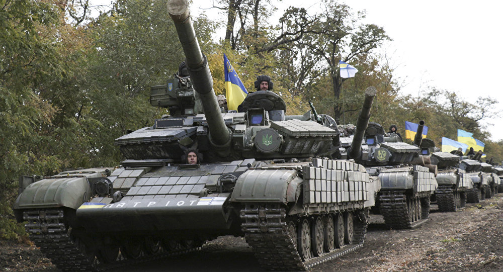 Tanques de Ejército de Ucrania cerca Mariupol (Archivo)