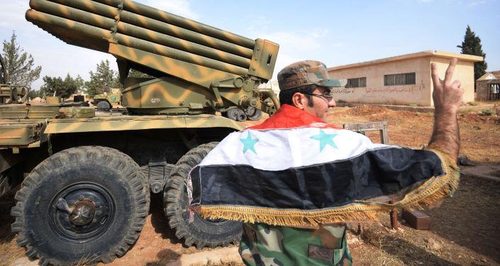 Efectivo del Ejército sirio en la ciudad de Qatana