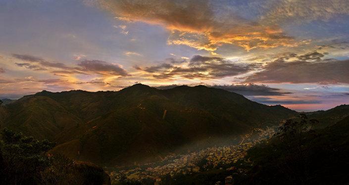 Ecuador mejor preparado para lidiar con El Niño, según ministra