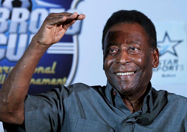 Pelé, futbolista brasileño