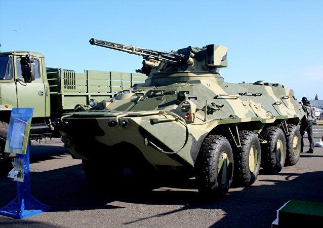 Vehículo blindado BTR-3E1