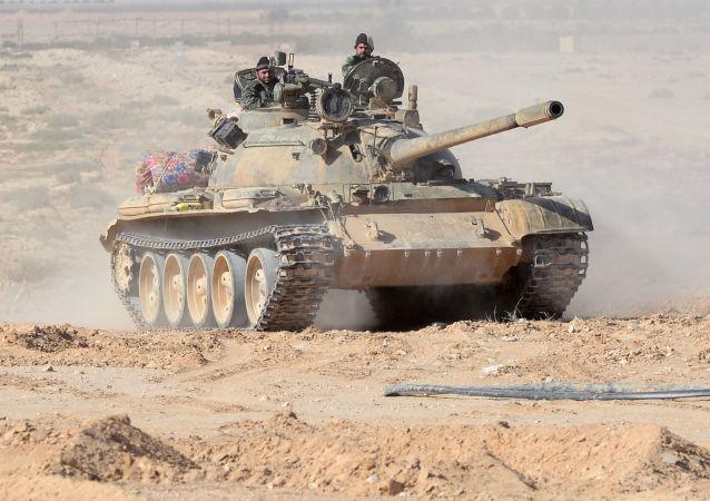 El Ejército sirio ocupa posiciones cerca de Palmira