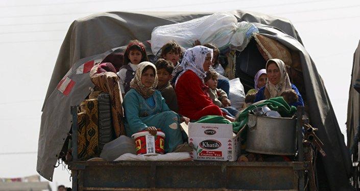Civiles sirios cerca de Alepo (archivo)