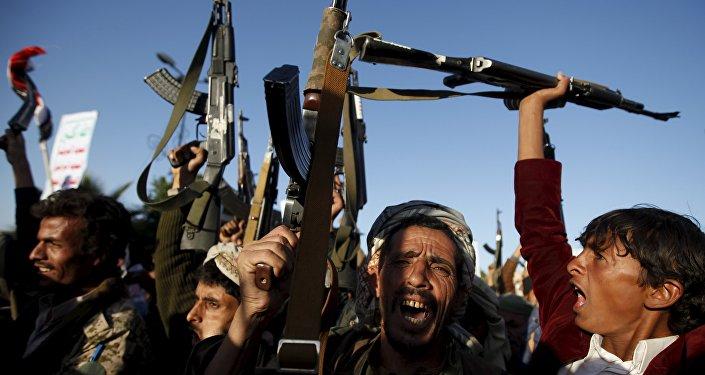 Partidarios del movimiento rebelde chií de los hutíes (archivo)