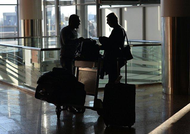 Rusia establece controles permanentes en los aeropuertos por el zika