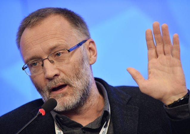 Director del Centro de la Coyuntura Política Serguéi Mijéev en el Foro de los Medios de Noticias Europeos y Asiáticos 2015