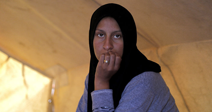 Una refugiada en un campo para migrantes en Chipre