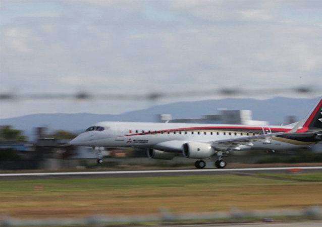 Japón ensaya su primer avión comercial en medio siglo