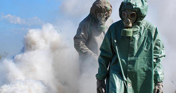 Militares de las Fuerzas de Defensa Nuclear, Biológica y Química (NBQ)