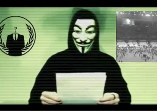 Un hacker del grupo Anonymous