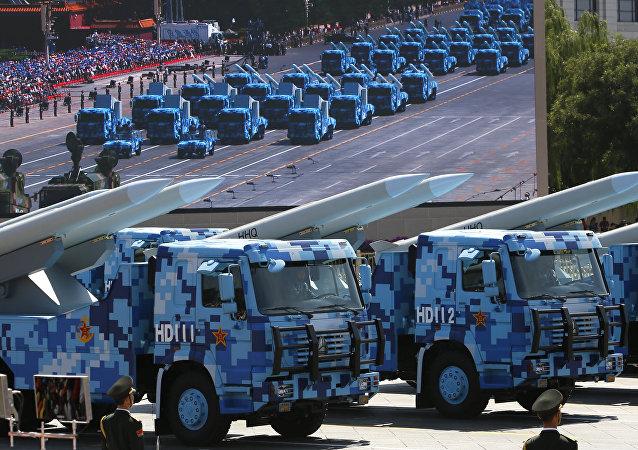 HHQ chino durante el desfile militar en Beijing