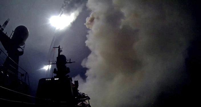 El lanzamiento de los misiles rusos de crucero Kalibr