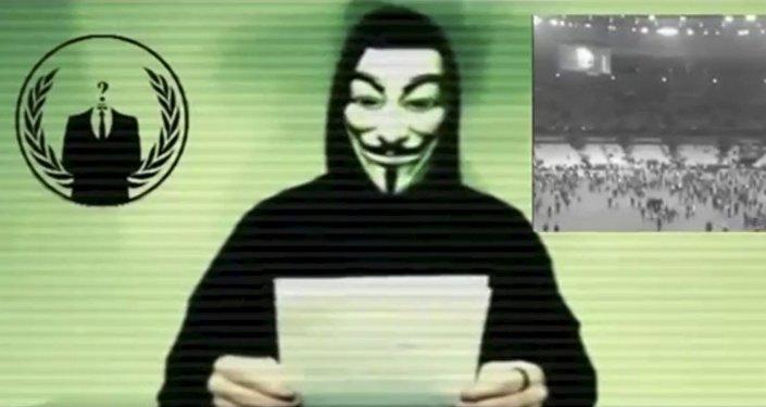 Un miembro de Anonymous (archivo)