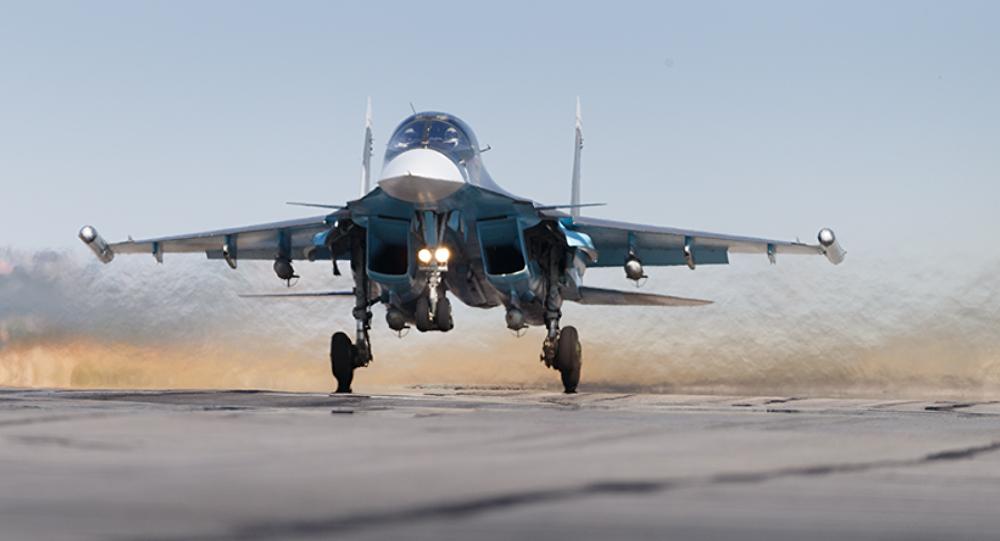 Fuerzas aeroespaciales rusas en el aeródromo de Hmeymim en Siria