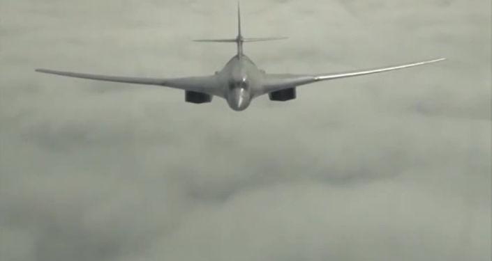 Bombardero ruso Túpolev Tu-160 (archivo)