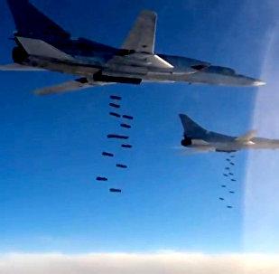 A quemarropa: el Ministerio de Defensa muestra cómo los bombarderos rusos aniquilan terroristas