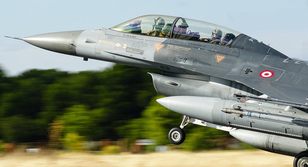 Caza F-16 de la FA de Turquía