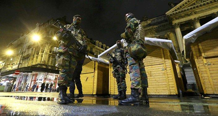 Soldados belgas en Bruselas