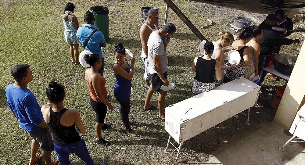 Migrantes cubanos cerca de la frontera entre Costa Rica y Nicaragua