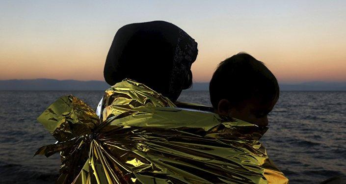 Refugiados afganos en la costa de la isla Lesbos, Grecia