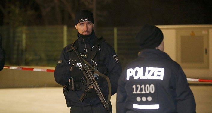 Policías alemanes en Berlín (archivo)