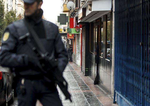 Un policía de España (archivo)