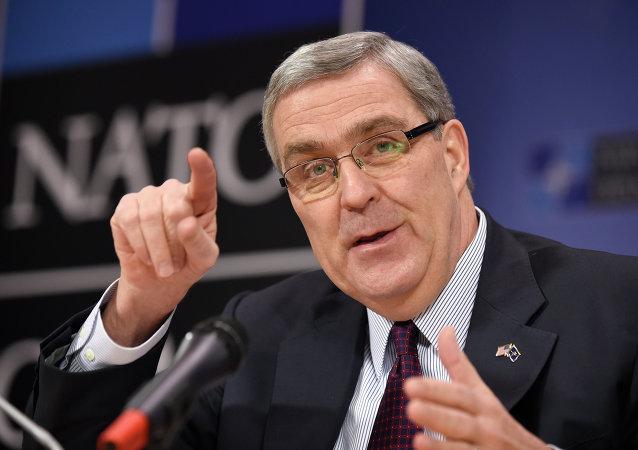 Douglas Lute, embajador de EEUU ante la OTAN
